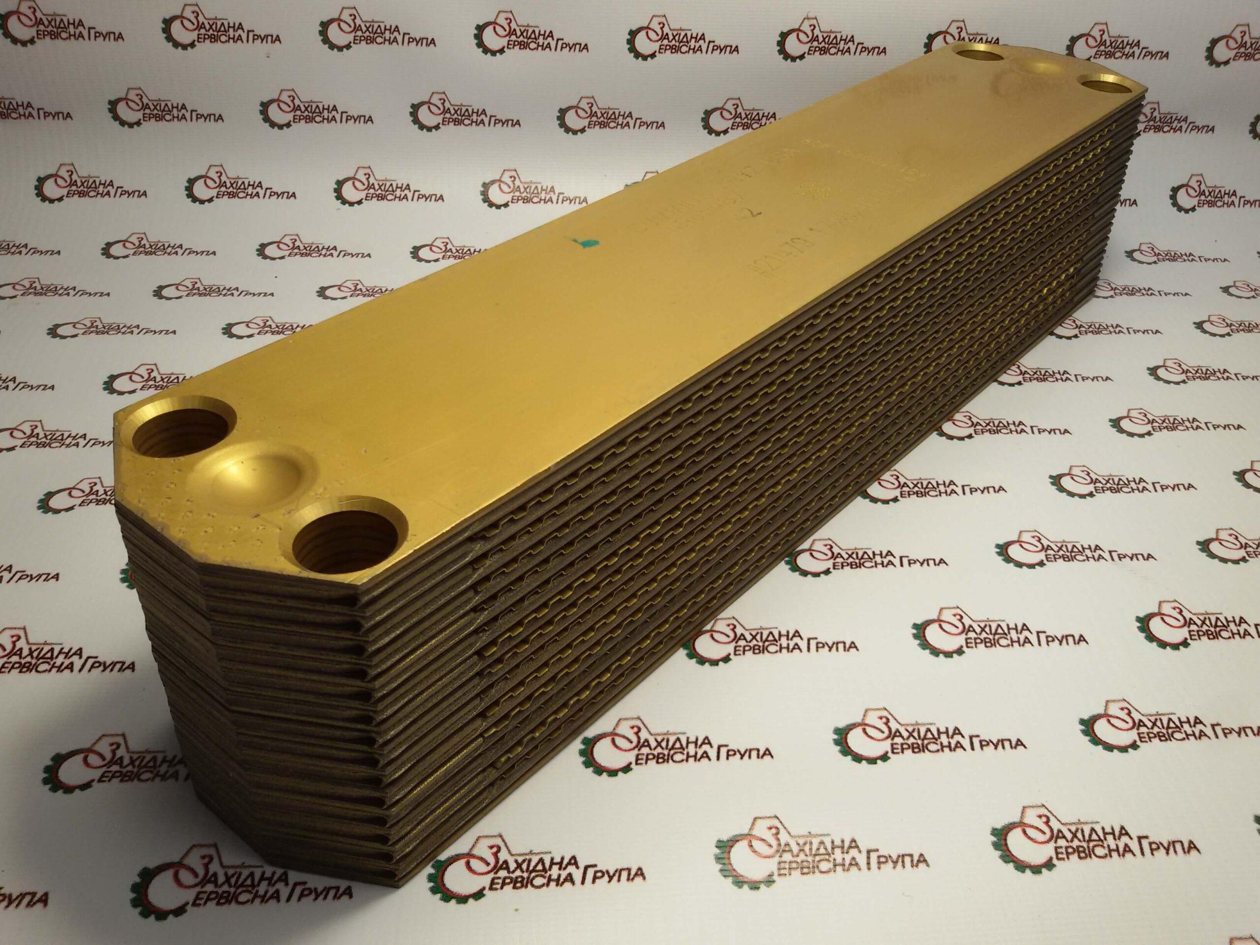 Теплообмінник ( маслоохолоджувач ) Cummins ISX15, QSX15, 4965487.