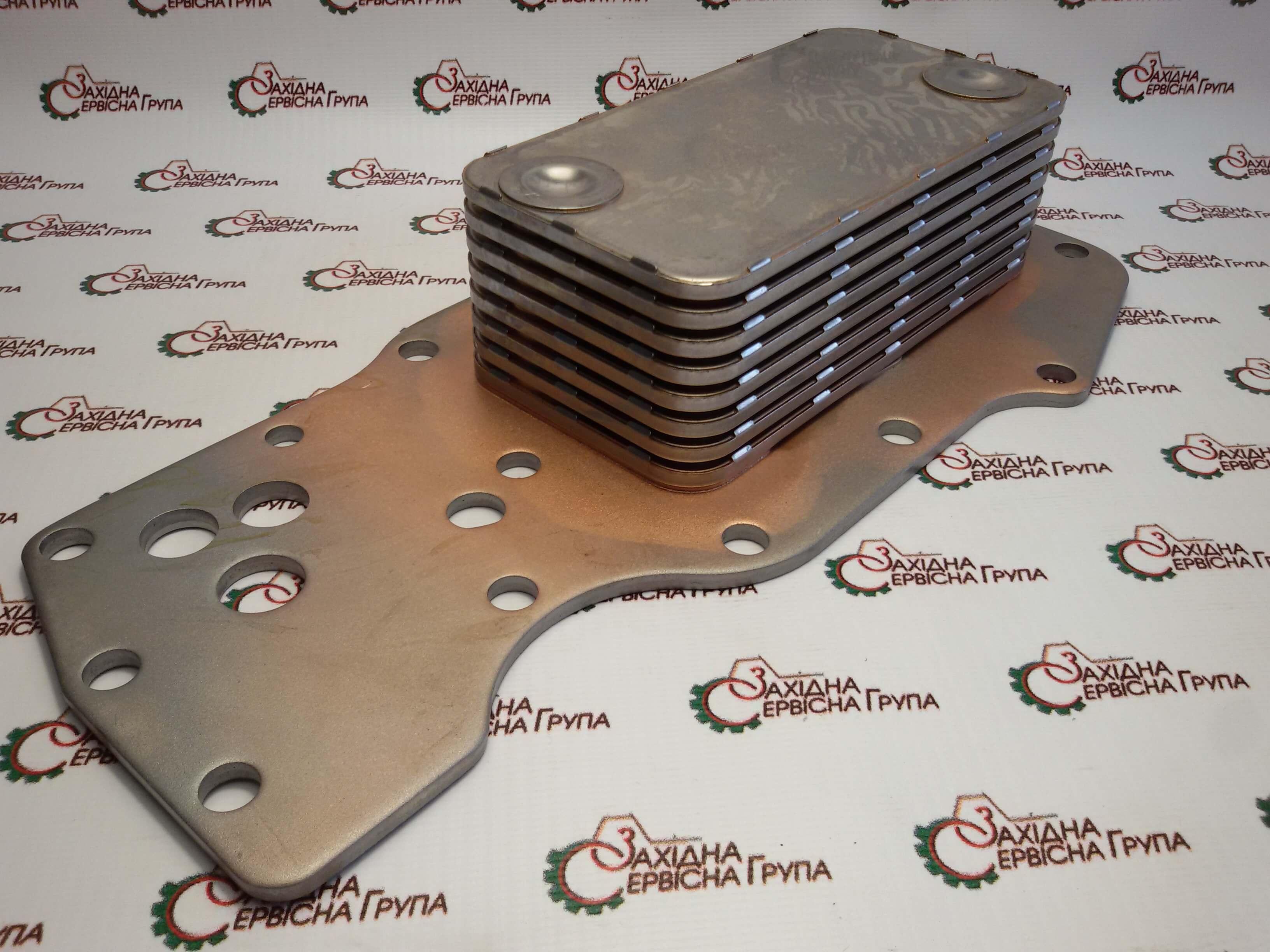 Теплообмінник (маслоохолоджувач) Cooler Core Cummins ISB, QSB 3975818.