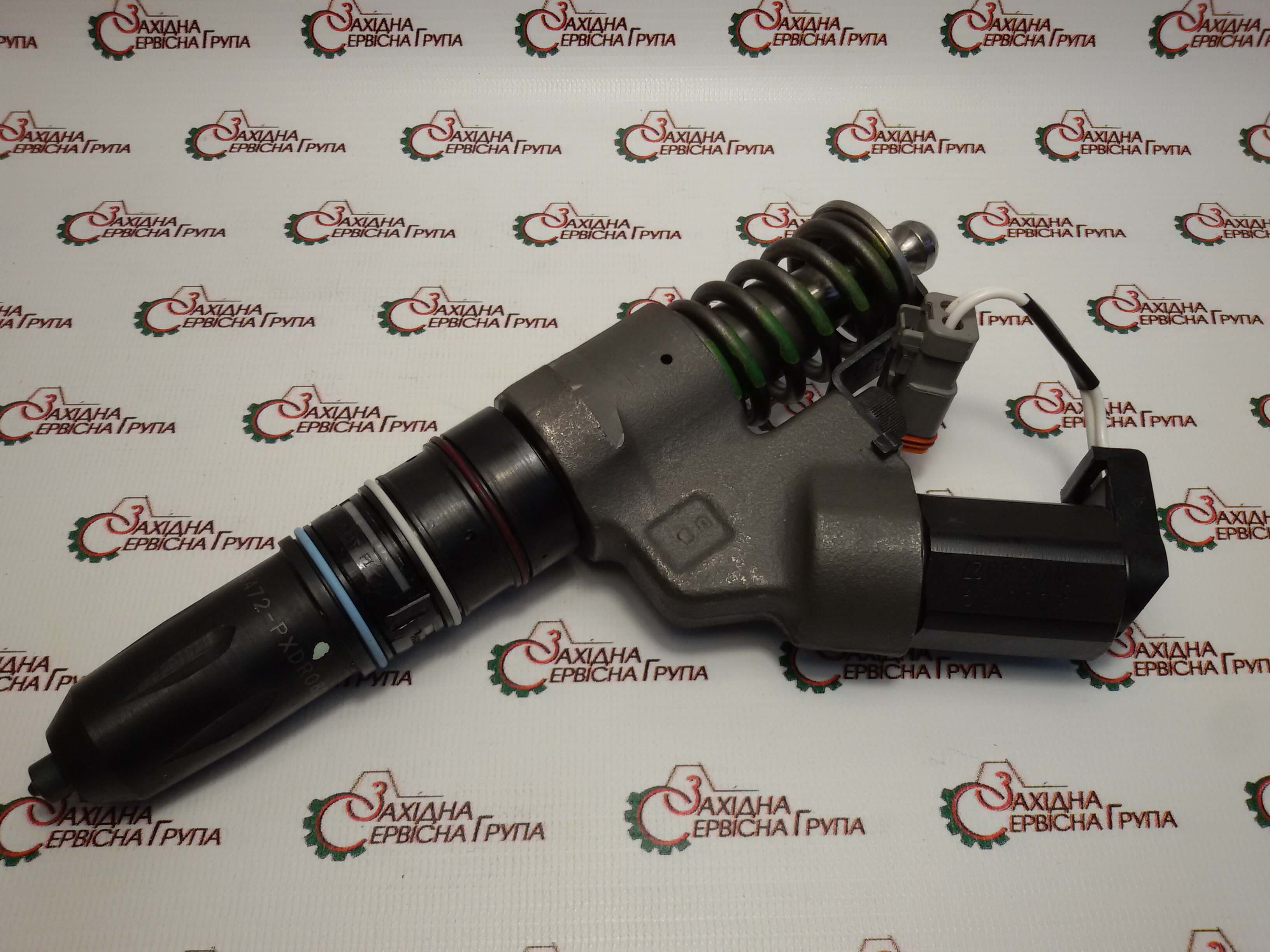 Форсунка топливная двигателя Cummins QSM11, 4903472, 4903472px.